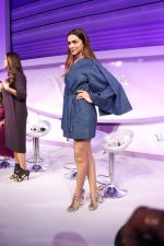 Deepika Padukone At Launch Of Gillette Venus Breeze on 23rd Feb 2017 (34)_58aff05a60d17.JPG