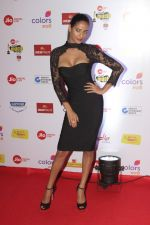 Poonam Pandey at The Red Carpet Of Mirchi Music Marathi Awards on 27th Feb 2017 (15)_58b66ed58aa8c.JPG