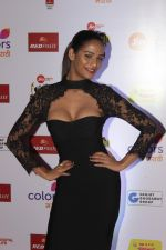 Poonam Pandey at The Red Carpet Of Mirchi Music Marathi Awards on 27th Feb 2017 (16)_58b66eda3fdd9.JPG