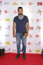 Sudhanshu Pandey at The Red Carpet Of Mirchi Music Marathi Awards on 27th Feb 2017 (6)_58b66f13e1751.JPG