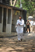 Jackie Shroff at the Furneral Of Sunil Shetty_s Father Veerappa T Shetty on 2nd March 2017 (77)_58b9367cc28f5.JPG