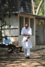 Jackie Shroff at the Furneral Of Sunil Shetty_s Father Veerappa T Shetty on 2nd March 2017 (78)_58b936821cbcf.JPG