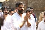 Sunil Shetty at the Furneral Of Sunil Shetty_s Father Veerappa T Shetty on 2nd March 2017 (63)_58b9371397383.JPG