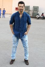 Varun Dhawan at the Promotional Interview for Badrinath Ki Dulhania on 2nd March 2017 (30)_58b93fb0edc3b.JPG