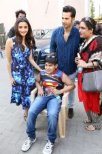 Varun Dhawan, Alia Bhatt at the Promotional Interview for Badrinath Ki Dulhania on 2nd March 2017 (14)_58b93fca1b2d7.JPG