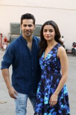 Varun Dhawan, Alia Bhatt at the Promotional Interview for Badrinath Ki Dulhania on 2nd March 2017 (27)_58b93fd1a3c26.JPG