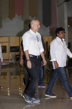 Anupam Kher At Suniel Shetty Father Chautha on 4th March 2017 (14)_58bd04f776dd4.JPG