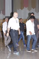 Anupam Kher At Suniel Shetty Father Chautha on 4th March 2017 (15)_58bd04f91fa9d.JPG