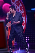 Kumar Sanu at Semi Finale Of The Voice India Season 2 on 6th March 2017 (15)_58be56dc1a081.JPG