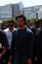 Tiger Shroff Launches Mumbai International Motor Show 2017 on 9th March 2017 (16)_58c272b8b6799.JPG