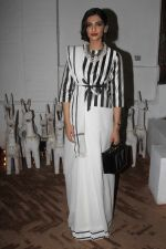 Sonam Kapoor at Raw Mango_s store launch on 9th March 2017 (13)_58c39a09c387a.JPG