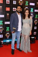 Amruta Khanvilkar at Red Carpet Of Zee Cine Awards 2017 on 12th March 2017 (27)_58c68a652933a.JPG
