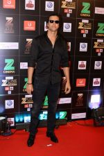 Hrithik Roshan at Red Carpet Of Zee Cine Awards 2017 on 12th March 2017 (68)_58c68b95647d8.JPG