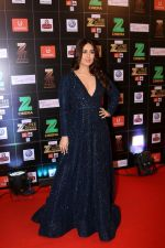 Kareena Kapoor at Red Carpet Of Zee Cine Awards 2017 on 12th March 2017 (75)_58c68bfaab567.JPG