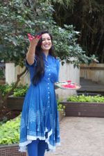 Maryam Zakaria For Holi Celebration on 12th March 2017 (18)_58c649a15309d.JPG