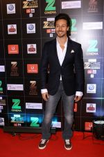 Tiger Shroff at Red Carpet Of Zee Cine Awards 2017 on 12th March 2017 (80)_58c68e6bd8ccf.JPG