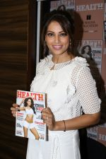 Bipasha Basu Unviels Health & Nutrition Success Issue on 14th March 2017 (27)_58ca344924437.JPG