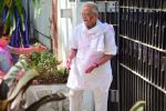 Gulzar celebrates Holi with his family on 13th March 2017 (3)_58ca305170921.JPG