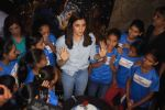 Alia Bhatt at special screening of film Beauty and the Beast with NGO Kids on 16th March 2017 (15)_58cb9cc7e9fcc.JPG