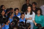 Alia Bhatt at special screening of film Beauty and the Beast with NGO Kids on 16th March 2017 (8)_58cb9c5aa50fe.JPG