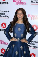 Juhi Chawla at Better Homes 10th Anniversary Celebration & Cover Launch on 16th March 2017  (17)_58cba09b9e002.JPG