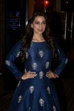Juhi Chawla at Better Homes 10th Anniversary Celebration & Cover Launch on 16th March 2017  (3)_58cba05c7d8a3.JPG