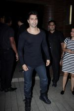 Varun Dhawan at the Success Party of Badrinath Ki Dulhania hosted by Varun on 16th March 2017  (11)_58cb925996cef.JPG