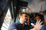 Vivek Oberoi snapped travelling by local train to Kelve Road on 20th March 2017