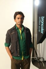 Nawazuddin Siddiqui at the Shooting For His First Movie Poster Of His Upcoming Film Babumoshai Bandookbaaz_s on 19th March 2017 (55)_58cfc2a8e91c1.JPG