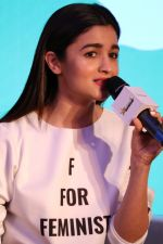 Alia Bhatt at The Launch Of Life Sim Experiential Game Alia Bhatt Star Life on 21st March 2017 (19)_58d21db075c5b.JPG
