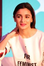 Alia Bhatt at The Launch Of Life Sim Experiential Game Alia Bhatt Star Life on 21st March 2017 (27)_58d21dc50f8ef.JPG