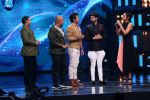Sonakshi Sinha on th Sets Of Indian Idol to Promote Film Noor on 22nd March 2017 (13)_58d370af145a7.JPG