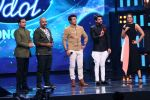 Sonakshi Sinha on th Sets Of Indian Idol to Promote Film Noor on 22nd March 2017 (14)_58d370b2a1b63.JPG