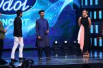 Sonakshi Sinha on th Sets Of Indian Idol to Promote Film Noor on 22nd March 2017 (20)_58d370c6e5581.JPG