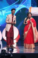 Vidya Balan on the Sets Of Indian Idol to Promote Film Begum Jaan on 22nd March 2017 (10)_58d37042f3878.JPG