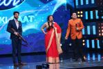 Vidya Balan on the Sets Of Indian Idol to Promote Film Begum Jaan on 22nd March 2017 (21)_58d370667ae5b.JPG
