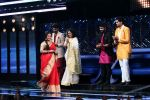 Vidya Balan on the Sets Of Indian Idol to Promote Film Begum Jaan on 22nd March 2017 (6)_58d3703715ff9.JPG