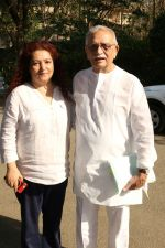 Gulzar At whistling Wood international Interact To Student on 23rd March 2017 (8)_58d519c8e4de0.JPG