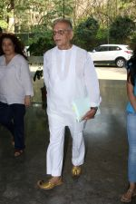 Gulzar At whistling Wood international Interact To Student on 23rd March 2017 (10)_58d519ccc883f.JPG