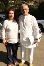 Gulzar At whistling Wood international Interact To Student on 23rd March 2017 (6)_58d519c4834de.JPG