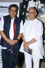 Gulzar, Subhash Ghai At whistling Wood international Interact To Student on 23rd March 2017 (39)_58d519822ab97.JPG