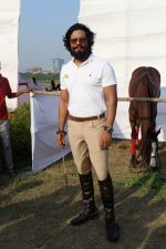 Randeep Hooda Is Show Jumping At Race Cource on 24th March 2017 (5)_58d626957cbe2.JPG