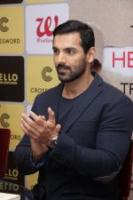 John Abraham at DR.Aashish Contractor Book Launch on 24th March 2017 (58)_58d62475c0a35.JPG