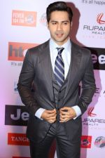 Varun Dhawan at the Red Carpet Of Most Stylish Awards 2017 on 24th March 2017 (133)_58d6550a09d5c.JPG