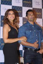 Bipasha Basu & Karan Singh Grover at the Launch Of Springfit Mattress Autograph Collection on 25th March 2017 (61)_58d7a2123521b.JPG