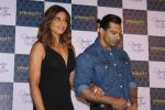 Bipasha Basu & Karan Singh Grover at the Launch Of Springfit Mattress Autograph Collection on 25th March 2017 (68)_58d7a2194b6b8.JPG