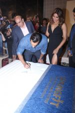 Bipasha Basu & Karan Singh Grover at the Launch Of Springfit Mattress Autograph Collection on 25th March 2017 (73)_58d7a2a73ede9.JPG