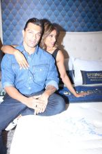 Bipasha Basu & Karan Singh Grover at the Launch Of Springfit Mattress Autograph Collection on 25th March 2017 (86)_58d7a228e3216.JPG