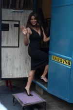 Bipasha Basu at the Launch Of Springfit Mattress Autograph Collection on 25th March 2017 (57)_58d7a23d6e4ad.JPG