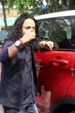 Kailash Kher at the Song Launch Of Vote Do For Movie Blue Mountains on 29th March 2017 (16)_58dcd1161cb99.JPG